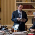 Τραμπ: εννέα θυελλώδεις ημέρες στον Λευκό Οίκο